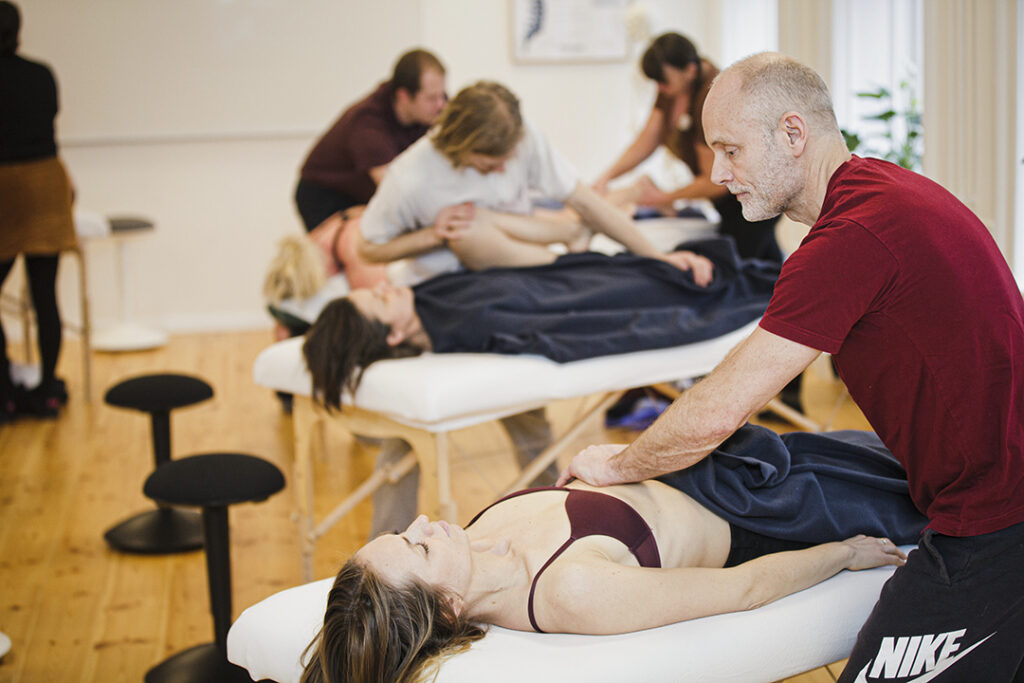 Kropsbevidsthed på uddannelsen til Totum kropsterapeut